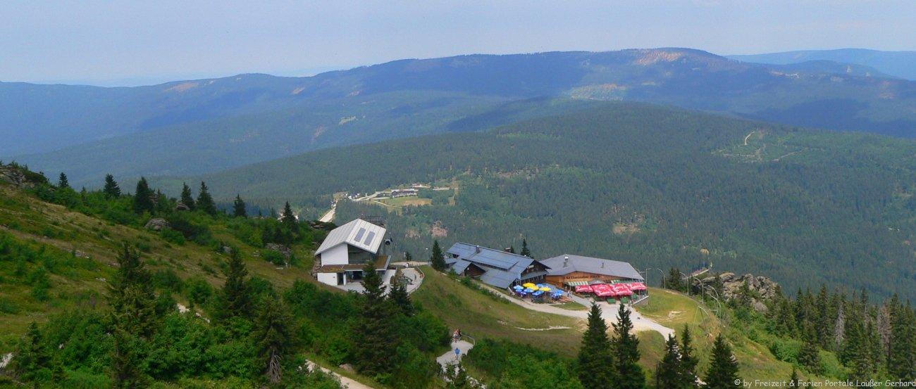 Wanderurlaub im Bayerischen Wald Wandern am Arber Berg bei Bodenmais
