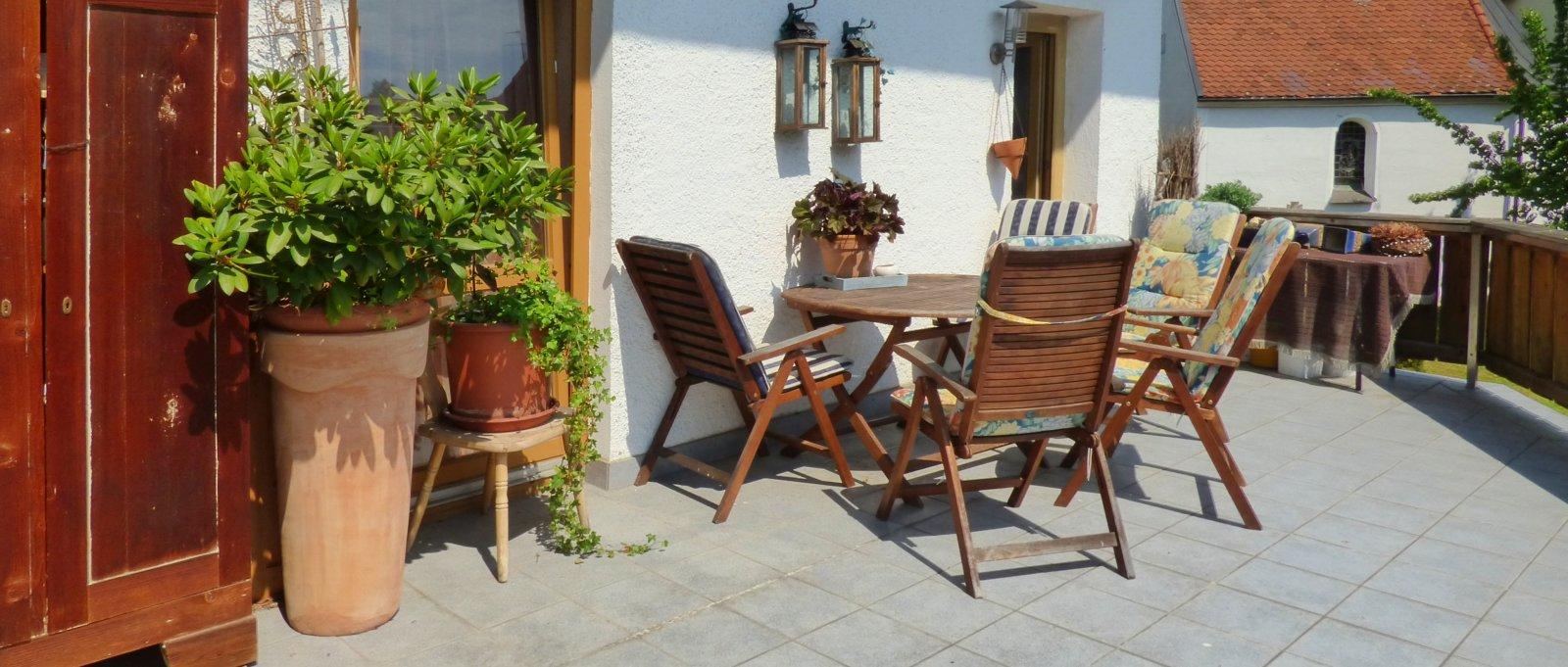 wieser-arnbruck-ferienwohnung-landkreis-regen-balkon-terrasse
